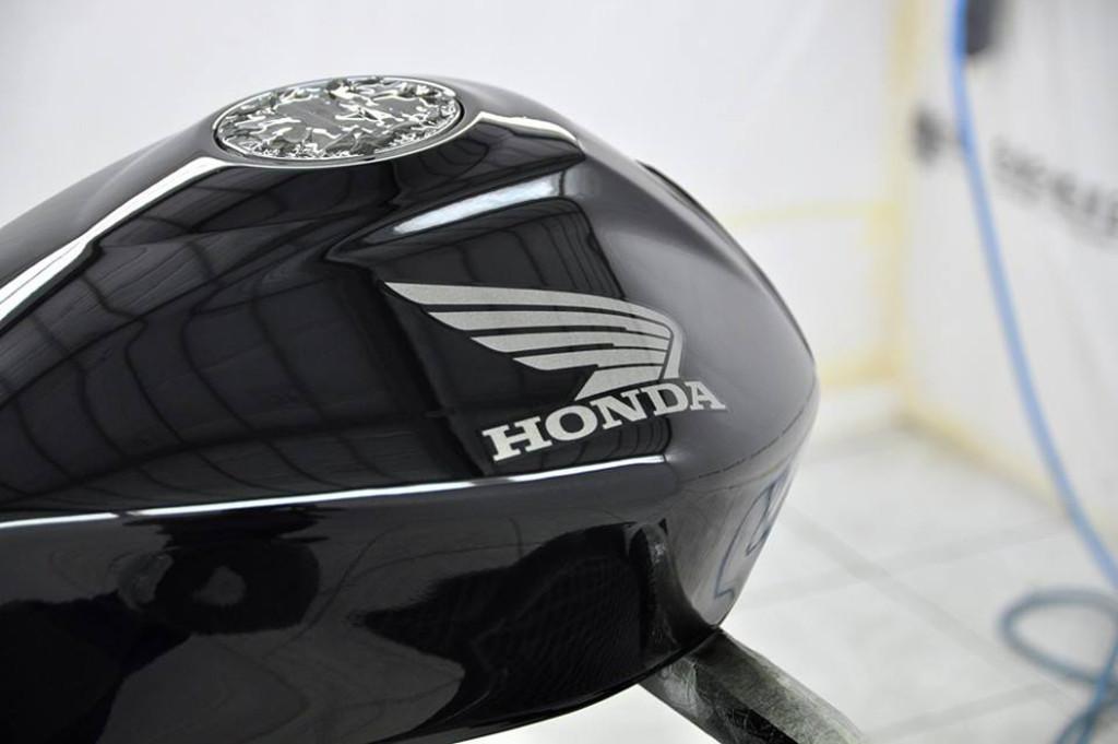 honda-tank-sliderh700